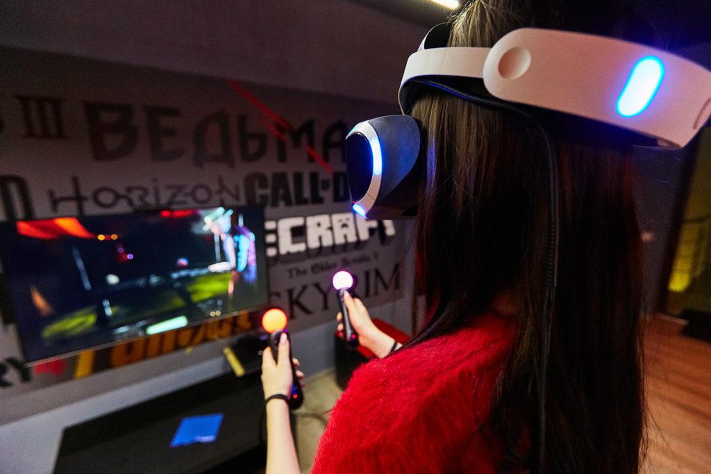 VR очки в клубе